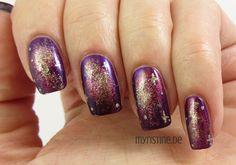 Violet Galaxy Nails mit That's It! (P2, Color Victim Nail Polish)