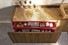 ALTAMAREA: Luxury Bath Furnishings