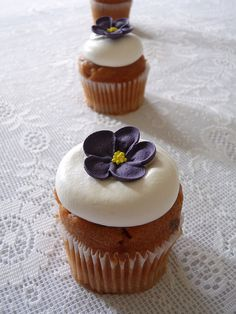 blueberry cupcakes   Flickr - Photo Sharing!