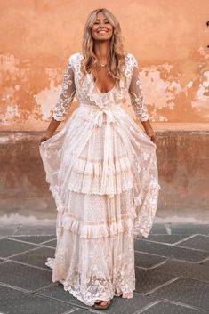 Boho Wedding Dress With Sleeves, Making A Wedding Dress, Western Wedding Dresses, Dream Wedding Dresses, Bridal Dresses, Wedding Gowns, White Boho Dress, Vintage Boho Wedding Dress, Boho Bridesmaid Dresses