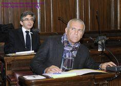 Il Consigliere Giovanni Inghisciano, dietro di lui il Presidente uscente Roberto Orlandi.