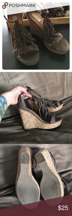 Steve Madden Fringe Platform Wedge Pre-worn in great condition only worn twice. Steve Madden Shoes Wedges