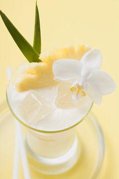 Ananas-Smoothie mit Mandelmilch