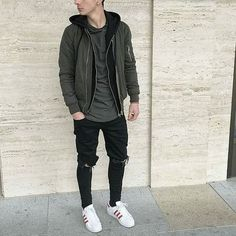 6 Warm Tips: Urban Fashion Donna Karan urban wear swag shirts.Urban Fashion Model New York urban fashion shoot senior pics. Urban Style Outfits Men, Casual Outfits, Men Casual, Simple Outfits, Mode Man, Style Masculin, Streetwear Men, Neue Outfits, Men Street