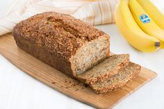 Moist Coconut Chiquita Banana Bread Recipe Coconut and Banana combine to make a delicious loaf. Chiquita Banana Bread Recipe, Banana Nut Bread Easy, Yummy Snacks, Yummy Treats, Yummy Food, Delicious Recipes, Banana Treats, Banana Bread Recipes, Desert Recipes
