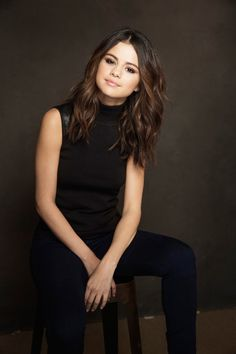 Hair selena gomez pictures Ideas for 2019 Pelo Bronde, Balayage Hair, Selena Gomez Haircut, Selena Gomez Hair Color, Selena Gomez Hairstyles, Selena Gomez Short Hair, Hair Inspo, Hair Inspiration, Medium Hair Styles
