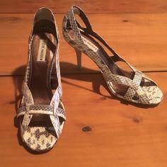 Steve Madden Snake Skin Heels Size 9M Snake Skin Heels. Lightly worn (only worn twice) Steve Madden Shoes Heels