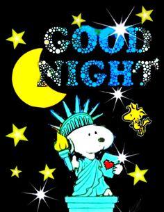 スヌーピー(good-night) Peanuts Cartoon, Peanuts Gang, Snoopy Love, Snoopy And Woodstock, Good Night Hug, Charlie Brown Comics, Snoopy Quotes, Bulletin Board, Grief