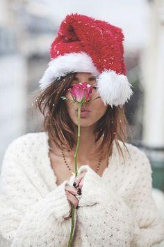 What is Femininity? Christmas Makes, Christmas Fashion, Christmas Love, Christmas Pictures, Christmas Photography, Winter Photography, Girl Photography, Fb Girls, Cute Girls