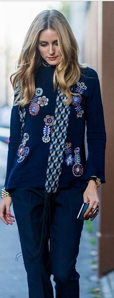 Who made Olivia Palermo's blue print sweater, pants, and print scarf?