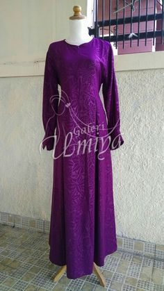 Gamis bahan Paradiso  Purple emboss Lily Flower.  Made by order Custom size