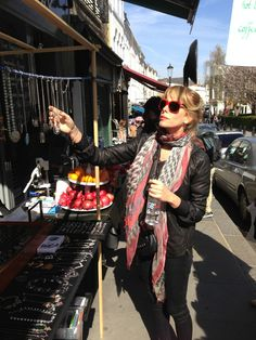 London outfit with Kefia 2.0 #AlessiaMarcuzzi #pashminas #shibori