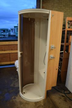 Caravan Shower Unit Cubicle - Ideal for Camper Conversion or Motorhome in Vehicle Parts & Accessories, Motorhome Parts & Accessories, Caravan Parts Cargo Trailer Camper, Truck Camper, Kombi Trailer, Sprinter Camper, Rv Campers, Teardrop Campers, Interior Motorhome, Ducato Camper, Fiat Ducato