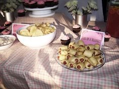 Cowgirl/Horse Birthday Party :: Johanna