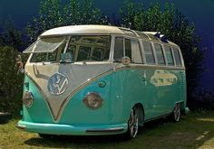 VW-Bully: imagine to travel with this car (:
