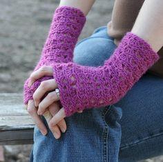 Ripple Lace Fingerless Gloves : bethsco