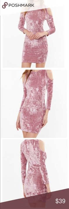 COMING SOONPink crushed velvet bodycon dress This pink crushed bodycon dress is made up of velvet material, and will be available in sizes XS-L. Size guide: XS w:24 bust: 28 hips: 29 S w: 26 bust: 30 hips: 31 MEDIUM: w:28 bust:32 hips:33 LARGE: w:30 bust: 33 hips:34 if you would like to be notify or hold a size please comment below Dresses Mini
