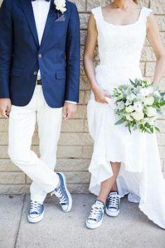 Trouwen bruid in sneakers