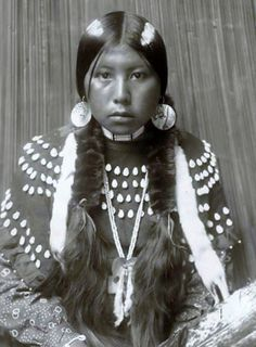a description of a puberty dream in the oglala sioux tribe Medicine of the brave: see black elk, the sacred pipe: black elk} account of the seven rite: of the oglala sioux the following description is com— posed.