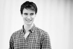 """Harry Lloyd-loved him as the son in """"Family of Blood"""" Dr. Who, then as Viserys in Game of Thrones, then as Herbert Pocket in the 2011 BBC Great Expectations. Discovered he is the great-great-great-grandson of Charles Dickens and lost my mind! Will Scarlet, Harry Lloyd, Richard Madden, British People, Man Crush, Celebrity Crush, Character Inspiration, Actors & Actresses, Robin"""