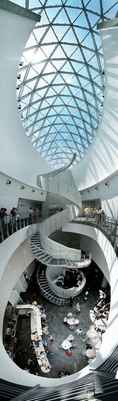 Dali Museum Vertical Panoramic in St. Petersburg, Florida by ~ GordonTarpley Arsitektur yg luar biasa ya