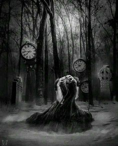 Rosa in a dark dream in the old graveyard. Dark Gothic Art, Gothic Artwork, Gothic Fantasy Art, Fantasy Kunst, Dark Art, Gothic Kunst, Imagenes Dark, Foto Fantasy, Gothic Pictures