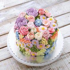Gorgeous Cakes, Pretty Cakes, Amazing Cakes, Cupcakes, Cupcake Cakes, Cool Wedding Cakes, Colorful Cakes, Floral Cake, Love Cake