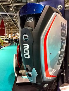 Evinrude G2 300 hp outboard motor