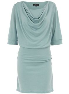 Love this style - can be worn as a dress or as a top with skinnys.