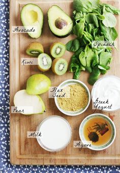 Clean Green Smoothie Ingredients. #recipes #healthyeating #smoothie #breakfast