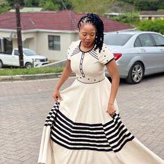 Zulu Traditional Attire, South African Traditional Dresses, Traditional Fashion, Traditional Outfits, Xhosa Attire, African Attire, African Wear, African American Fashion, African Print Fashion