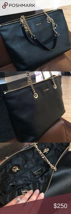 Furla Black Leather Shoulder Bag Furla Black Leather Shoulder Bag Furla Bags Shoulder Bags