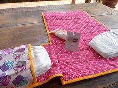 trocador de fraldas com bolsos laterais..Atelier da Vovó