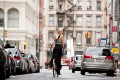 New York City Bike Style Blog Captures Downtown Fashion Scene, from Behind : TreeHugger