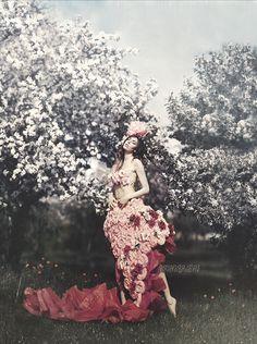 Wonderland by Amanda-Diaz on DeviantArt Amanda Diaz, Fairy Clothes, Romance, Valley Of The Dolls, Medieval Fashion, Photography Women, Fantasy Photography, Interesting Faces, Wonderland