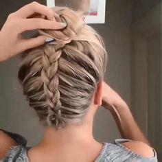 High Bun Hairstyles, Easy Hairstyles For Long Hair, Wig Hairstyles, Halloween Hairstyles, Workout Hairstyles, Braided Hairstyles Tutorials, Dutch Braid Tutorials, Cool Girl Hairstyles, Hairstyles For Nurses