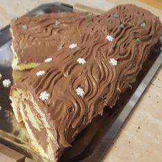 Csokoládés fatörzs - Ez Szuper Yule Log, Hungarian Recipes, Food And Drink, Xmas, Pudding, Yummy Food, Sweets, Pies, Bakken