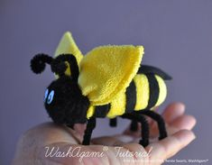 Washcloth Bee Baby Washcloth Bumble Bee by TopsyTurvyDiaperCake Towel Crafts, Bee Crafts, Towel Origami, Baby Shower Gifts, Baby Gifts, Towel Animals, Baby Washcloth, Bee Theme, Washing Clothes