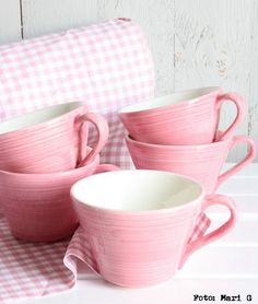 Pretty pink cups