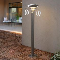 Präsenzmelder-Wegeleuchte Lillien, LED sicher & bequem online bestellen bei Lampenwelt.de.