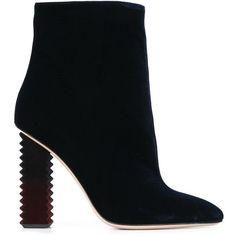 Aperlai chunky heel boots ($600) ❤ liked on Polyvore featuring shoes, boots, blue, heeled boots, blue boots, blue shoes and aperlai shoes