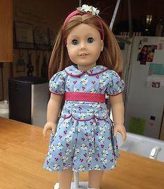 Retired-Emily-Bennett-American-Girl-Doll-in-box