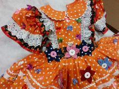 VESTIDO DE FESTA JUNINA    O traje completo é composto por:   - vestido- é produzido em tricoline nacional e importado liso e estampado   -calçola - em tricoline e renda   -saia de filó que dá armação para o vestido e dá mais GLAMOUR ao seu traje   Dependendo do tamanho do vestido é colocado de 8...