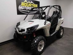 New 2017 Can-Am Commander DPS 1000 ATVs For Sale in Tennessee. 2017 Can-Am Commander DPS 1000, For special internet pricing, contact Hayden at 423.839.3370 or greeneville@mtn-motorsportstn.com 2017 Can-Am® Commander DPS 1000 FLEXIBILITY TO CUSTOMIZE & WITH THE COMFORT OF DPS Get the flexibility to customize your machine the way you want it, with the control of the Tri-Mode Dynamic Power Steering (DPS). Features may include: ROTAX V-TWIN ENGINE ULTIMATE PERFORMANCE Available with the 71-hp…