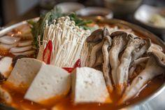 곱창구이와 곱창전골 - Korean food Gopchang  마포역 근처의 곱창구이와 곱창전골!!! - Korean food #Gopchang...  곱찹은 #소곱창, #돼지곱창 등이 있습니다. 곱창은 위와 장이 안좋은 분들이 먹으면 위와 장을 튼튼하게 해줍니다.   소양인은 돼지곱창이 좋고요, 태음인은 소곱창이 좋습니다.  위장, 대장의 기능이 안좋은 분들에게 추천합니다.. 비만한 사람은 기름기가 많으므로 조금만 드세요...  #곱창 https://en.wikipedia.org/wiki/Gopchang  #체질약선음식건강법 동영상 https://youtu.be/xnyUuLdjSvw  #약선음식 동영상 동영상 https://youtu.be/oXOjd8tNj0w  #사상체질약선음식 http://www.iwooridul.com/sasang/sasang-food  #한류, #문화, #행사 http://www.iwooridul.com/Home/the-korean-wave…