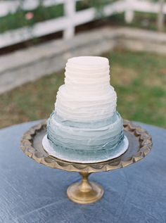 Ombre blue ruffle cake: www.stylemepretty... | Photography: Julie Paisley - juliepaisley.com/