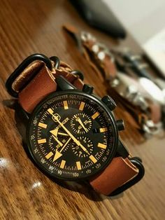 Wenger Commando Watch SRC 70893 with leather 5 ring Zulu strap. Sale! Up to