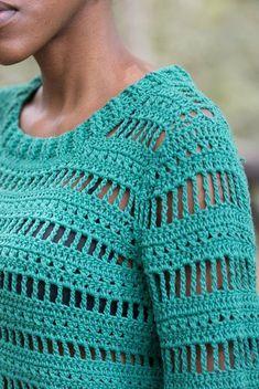 Blusa Campana - Alto Tricô Zum Häkeln, a mão - Handmade Fi . - # Häkeln Blusa Campana - Alto Tricô Zum Häkeln, a mão - Handmade Fi . Freeform Crochet, Easy Crochet, Crochet Lace, Crochet Stitches, Crochet Gifts, Crochet Shirt, Crochet Cardigan, Blanket Crochet, Mode Crochet