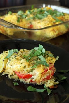 This spaghetti squash and tomato bake only requires one-dish--perfect for a weeknight dinner. It's also super healthy--one serving is only 100 calories!