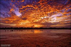 Sunset colours:: ألوان الغروب by Hamed Al-Ghanboosi, via Flickr